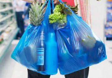 İngiltere'de 5 Peni Ücret Uygulamaya Konulduğundan Beri Tek Kullanımlık Plastik Poşet Satışı 86% Azaldı