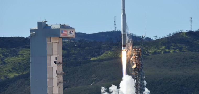 Atlas V sends classified NROL-79 payload to space