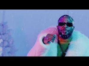 VIDEO: Tunde Ednut – Jingle Bell Ft. Davido, Tiwa Savage & Seun Kuti