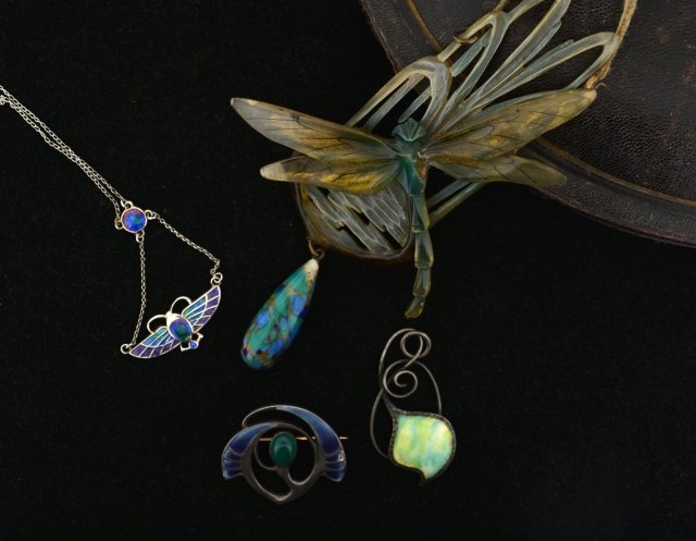 Buy Rare Art Nouveau Jewelry at Auction