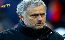 Mourinho Tinggalkan United Demi PSG - Sabung Ayam Online