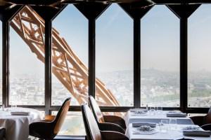 Tour Eiffel - レストラン ジュール・ヴェルヌ