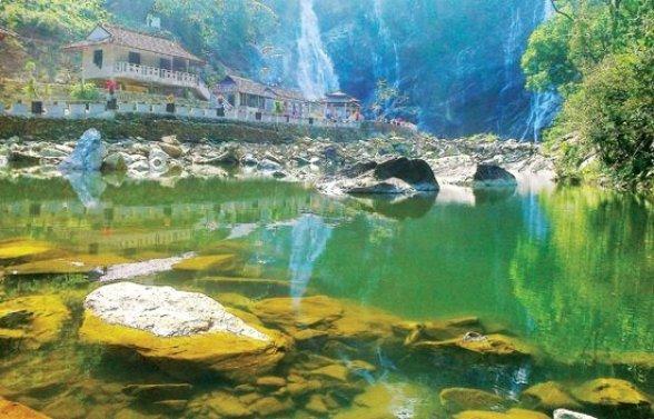 voyage Quang Ngai et decouverte ses paysages, chute trang