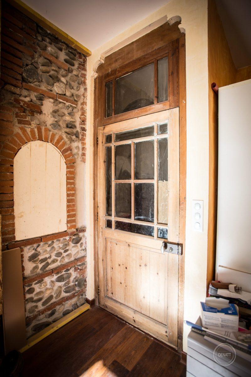 Porte intérieure rénovée, maison toulousaine, agence Denatt pour atelier s41