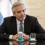 """Fernández dijo que en las negociaciones con el FMI por la deuda """"está todo bien, encaminado"""""""