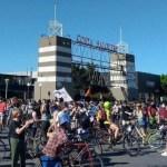 Caravana de autos y una bicicleteada contra la venta de los terrenos de Costa Salguero impulsados por Larreta