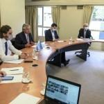 El presidente Fernández y los gobernadores acuerdan medidas para limitar la circulación ante el aumento de contagios de covid-19