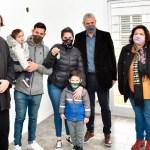 Gustavo Menéndez agradeció al Gobierno nacional y funcionarios provinciales: «Más familias de Merlo ya tienen Casa Propia»