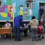 El Gobierno de la provincia de Buenos Aires desarrolló nueva jornada de vacunación libre para mayores de 35 con postas itinerantes