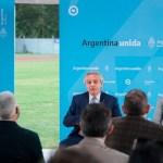 El Presidente Fernández firmó un convenio para avanzar en la construcción de un polo científico en La Matanza