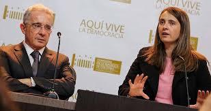 Primero fue un artículito, ahora quieren Constituyente para favorecer a Uribe