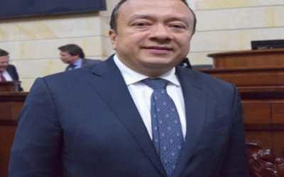 El corrupto y condenado exsenador Eduardo Pulgar de La Picota al Club Militar del batallón de Malambo