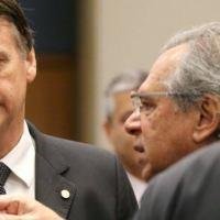 Governo Bolsonaro quer criar imposto para quem bebe e fuma