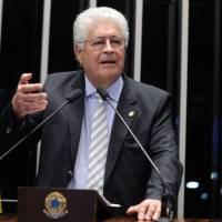 Roberto Requião defendeu impressão dos votos das urnas eletrônicas para recontagem de votos em 2001