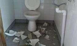 Rompio instalaciones publicas y le aplicaron una multa económica