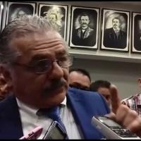 Camioneta blindada y escoltas al Secretario de Salud, quien prohíbe a médicos de Guerrero luchar por seguridad y justicia