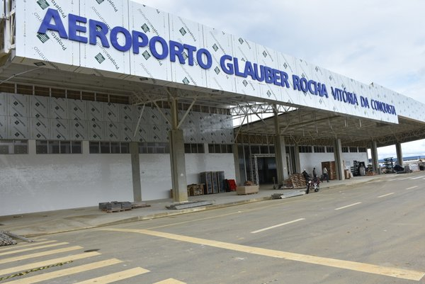 Resultado de imagem para Bolsonaro participará de inauguração de aeroporto