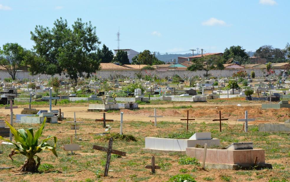 cemitério de Vitória da Conquista