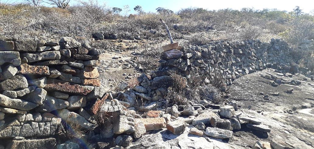 Cerca de pedra do período colonial