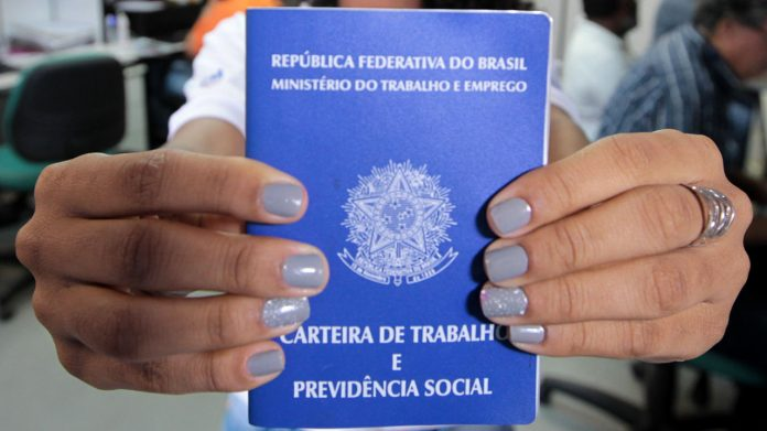 Bahia cria 7,6 mil postos de trabalho em junho e lidera o Nordeste no primeiro semestre