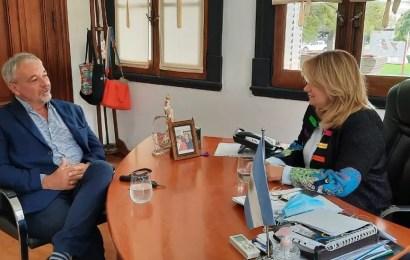 Rossi visitó a la intendente de Arenales