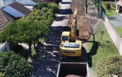 Barrio CLYFER: Inició obra de pavimento
