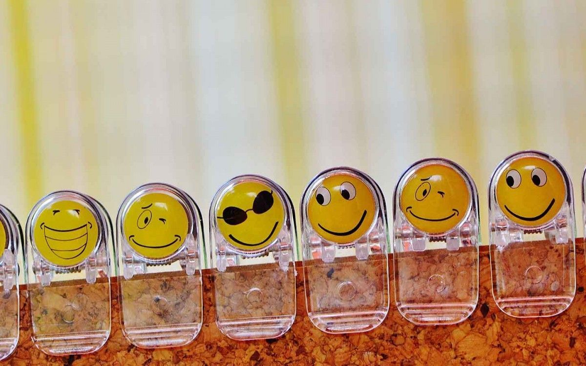 Agencia Sidecar agenciasidecar-blog-emoticonos-en-facebook-2 Cómo usar emoticonos en Facebook