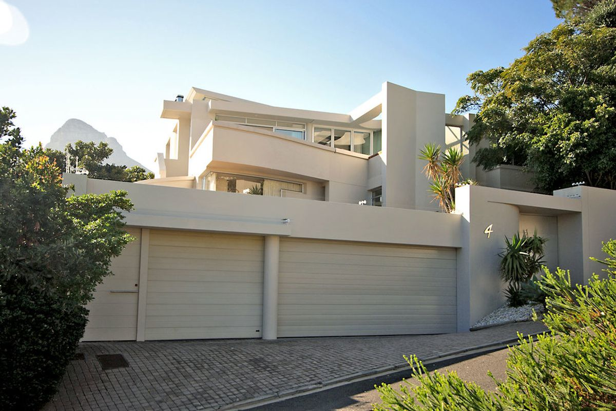 Two Bedroom Luxury Self Catering Villa Cape Town