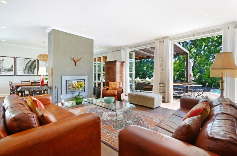 Large Newlands Four Bedroom Self Catering Home Cape Town