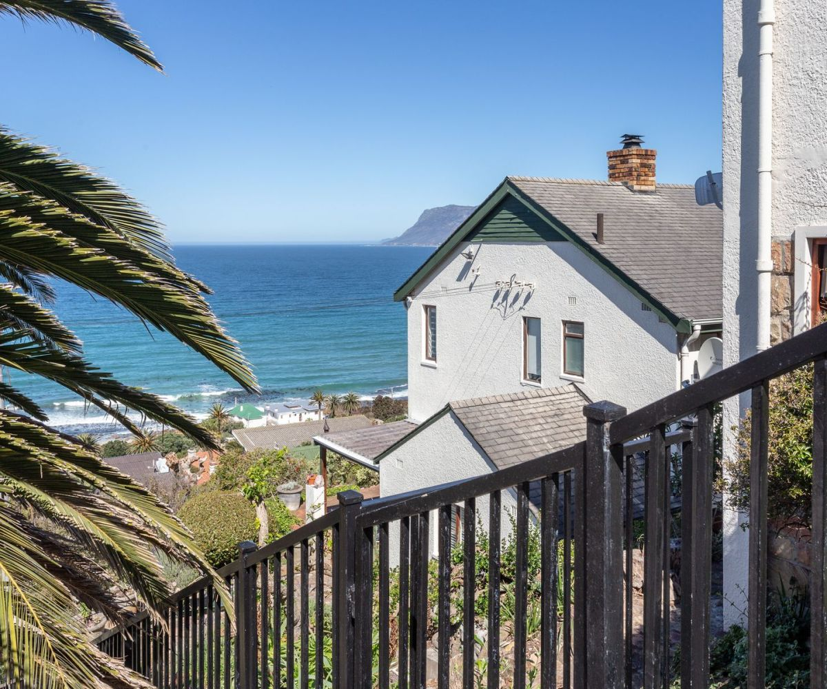 Lovely 4 Bedroom St James Self catering Accommodation