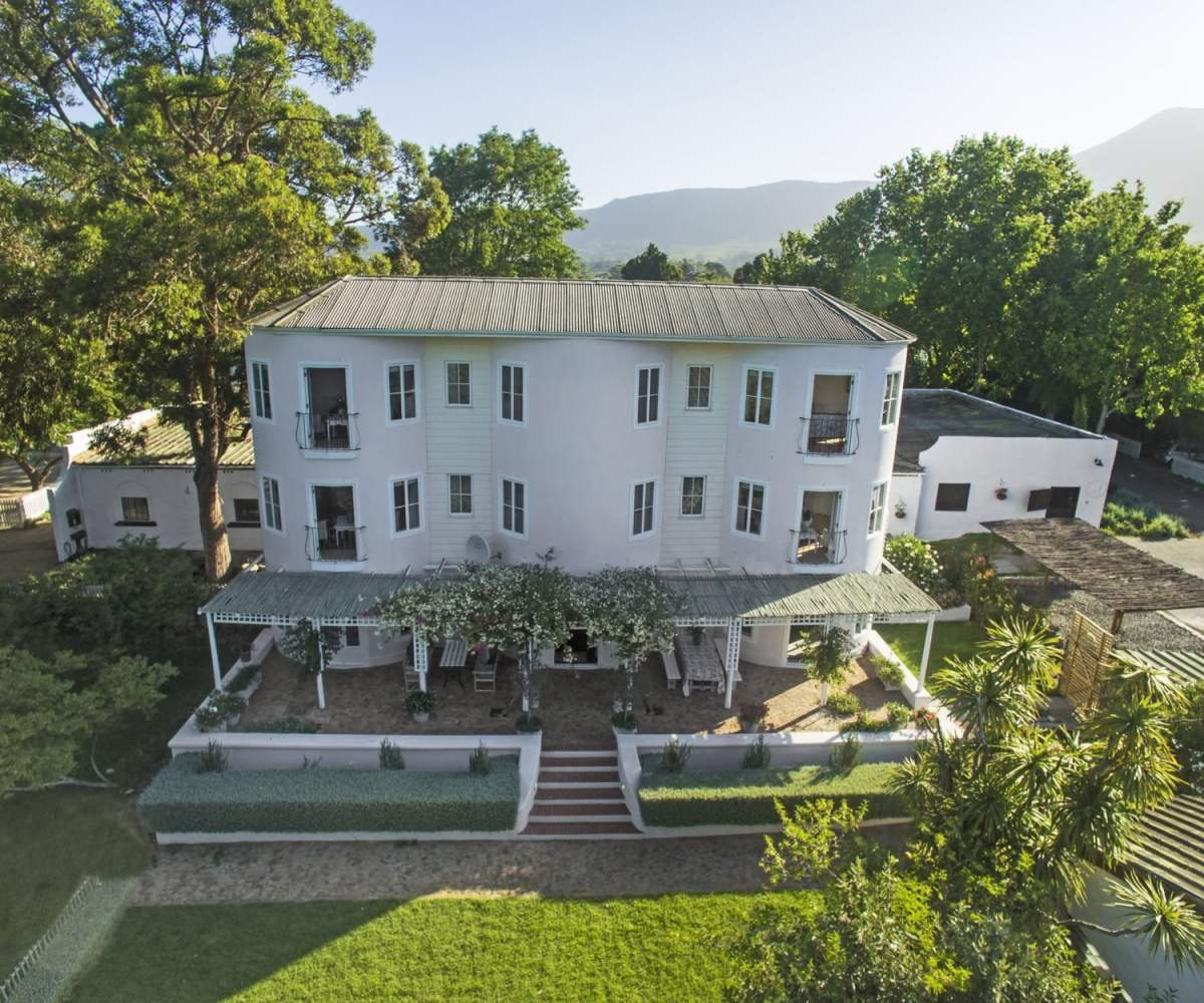 Self Catering Accommodation Constantia