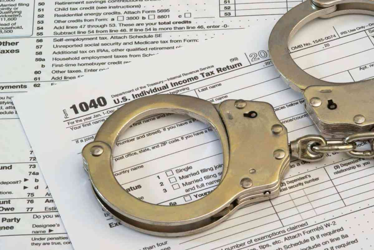 Insurance Accounting Firm Owner Pleads Guilty to Tax Evasion