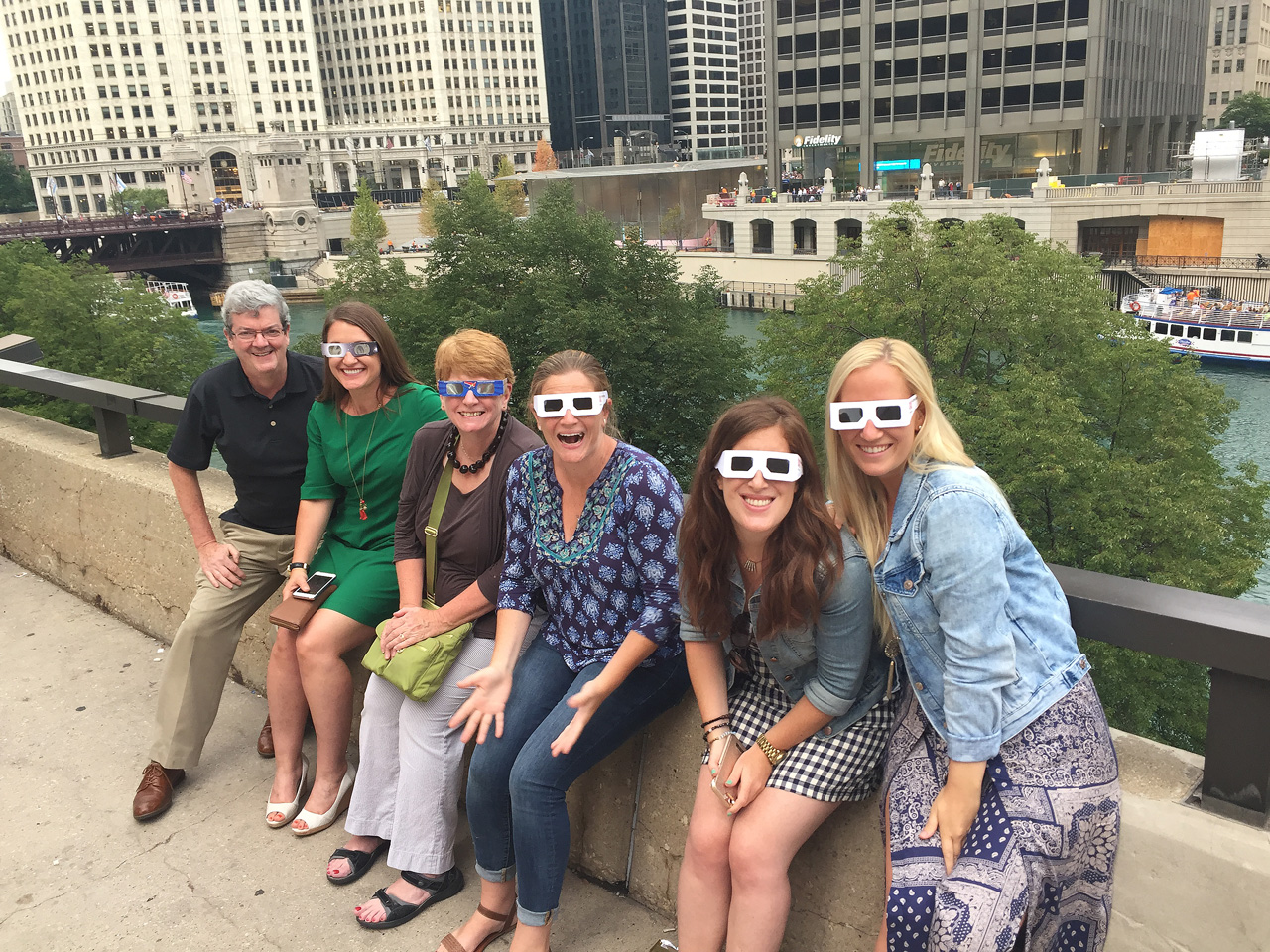 Solar Eclipse Viewing on the chicago river