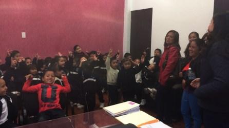 alumnos-de-preescolar-recorren-las-instalaciones-de-la-presidencia-3