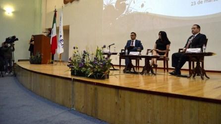 Consejeros de IEEH charlan sobre participación femenina con estudiantes de ICSHu3
