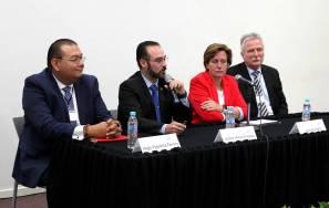 Discuten especialistas sobre cooperación entre universidades y empresas1