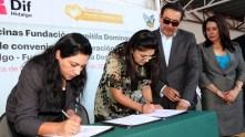 Sistema DIF Hidalgo firma convenio de colaboración con la Fundación Domitila1