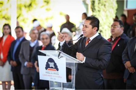 Alcalde promueve con alumnos de secundaria programa cívico Honrando a mi Bandera en la providencia4