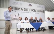 Certeza jurídica para 113 familias con firma de escrituras en Mineral de la Reforma 2