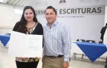 Certeza jurídica para 113 familias con firma de escrituras en Mineral de la Reforma 3