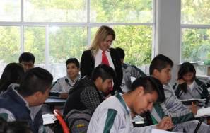 Sayonara Vargas encabezó el inicio de la prueba PLANEA en Educación Media Superior1