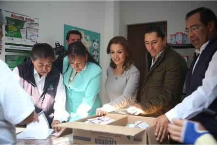 Firma DIF Municipal convenio para abastecimiento de leche Liconsa, durante reapertura de lechería en Pachuquilla4