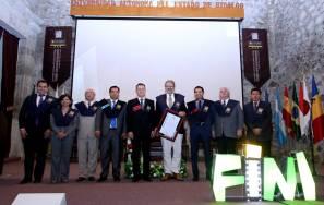 Reconoce UAEH a Oliviero Toscani como profesor honorario visitante 2