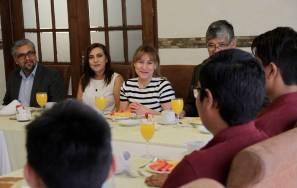 Convive Sayonara Vargas con participantes de la XVII Olimpiada Nacional de Matemáticas 1