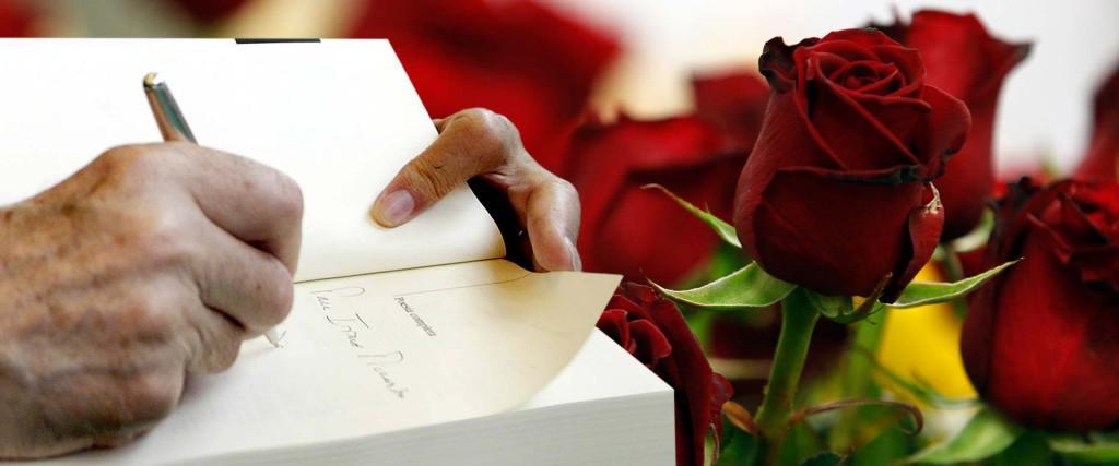 La hermosa historia de la flor, el libro y la festividad de Sant Jordi