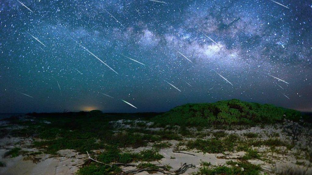 ¿No las viste ayer sábado? Hoy domingo puedes ver la lluvia de estrellas