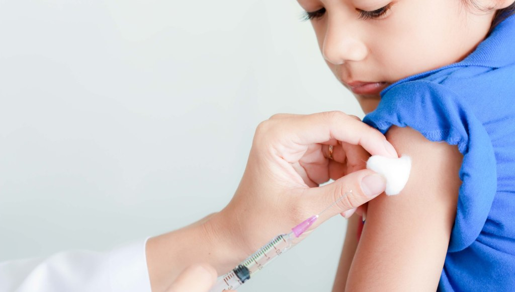 Aumentan casos de Tos Ferina, podría regresar en México por los anti vacunas