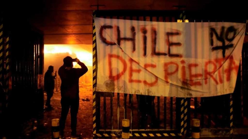 El presidente Piñera decreta Estado de Emergencia en Chile tras protestas por aumento del Metro