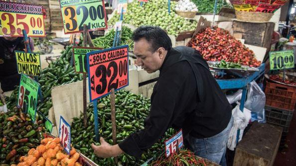 Golpe a la economía: Aumentan precios de productos de la canasta básica por coronavirus