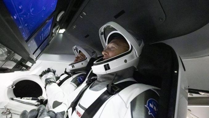 Cae nave espacial Crew Dragon de SpaceX en el Golfo de México